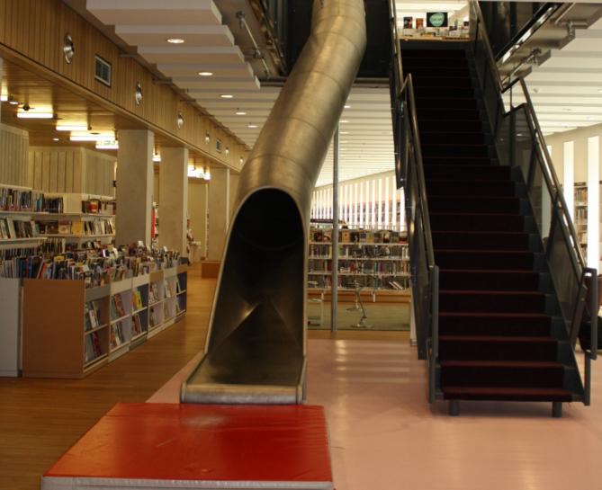 Folkebiblioteket i Arnhem, Nederland. 2014.