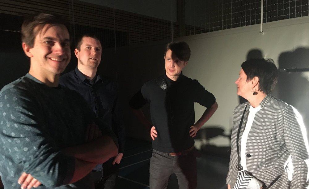"""Audun Ellingsen, Ståle Birkeland og Anders Lønne Grønseth i forestillingen """"Lyden av Munch"""". Foto: Kjetil Moen"""