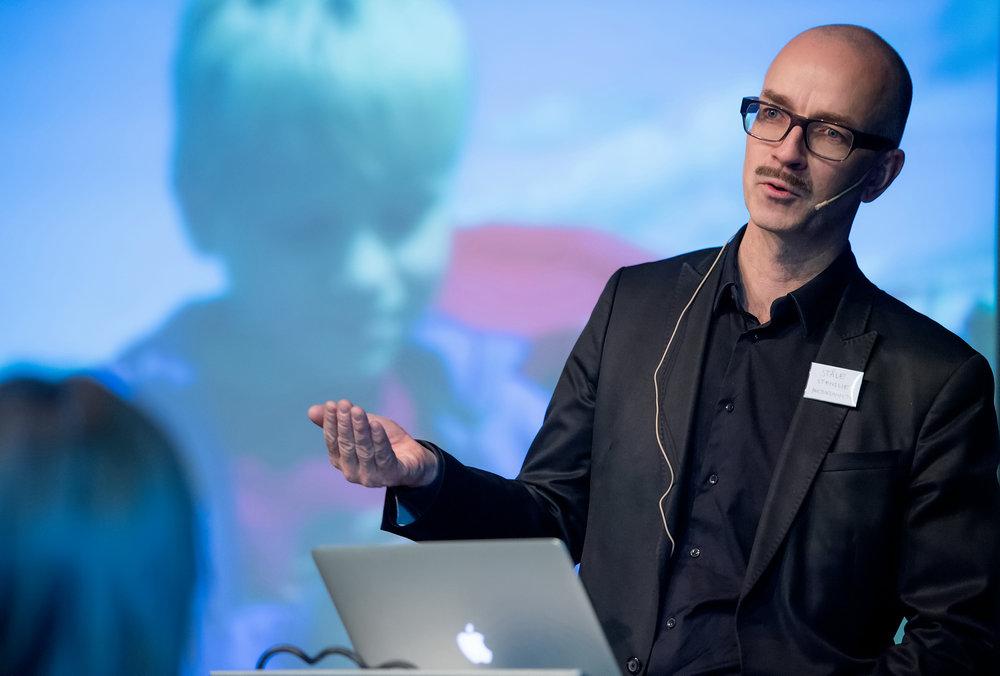 Ståle Stenslie om litteratur i den digitale brytningstiden. Foto Lars Opstad