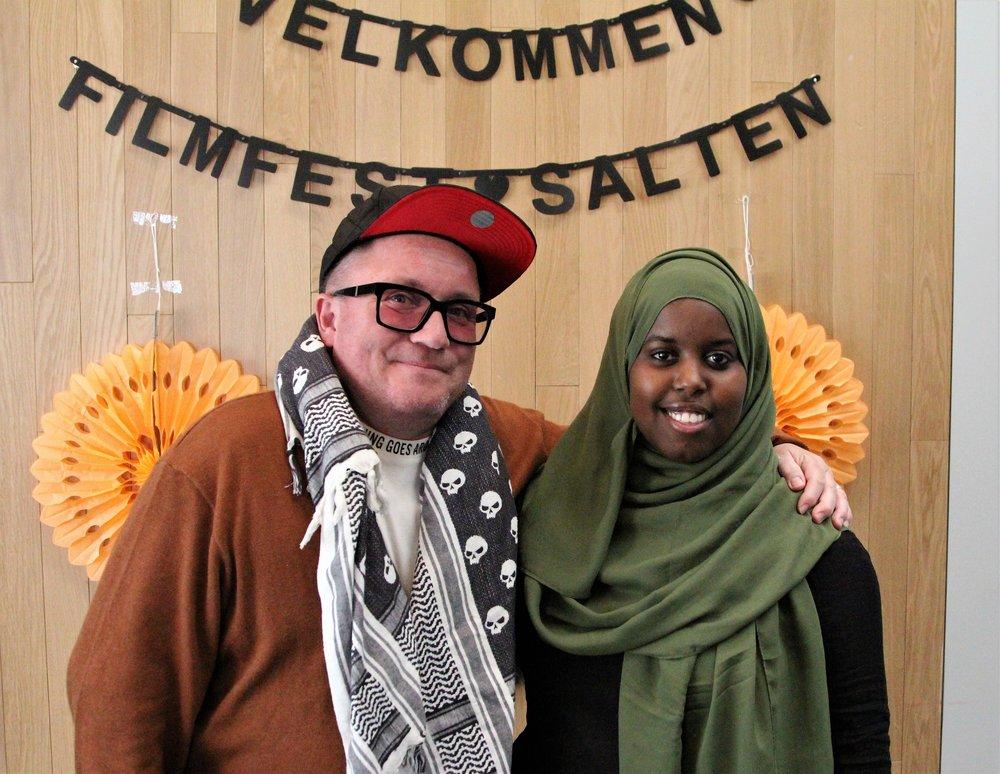 To generasjoner Bodøværinger, programleder Per Sundnes og samfunnsdebattant Sumaya Jirde Ali