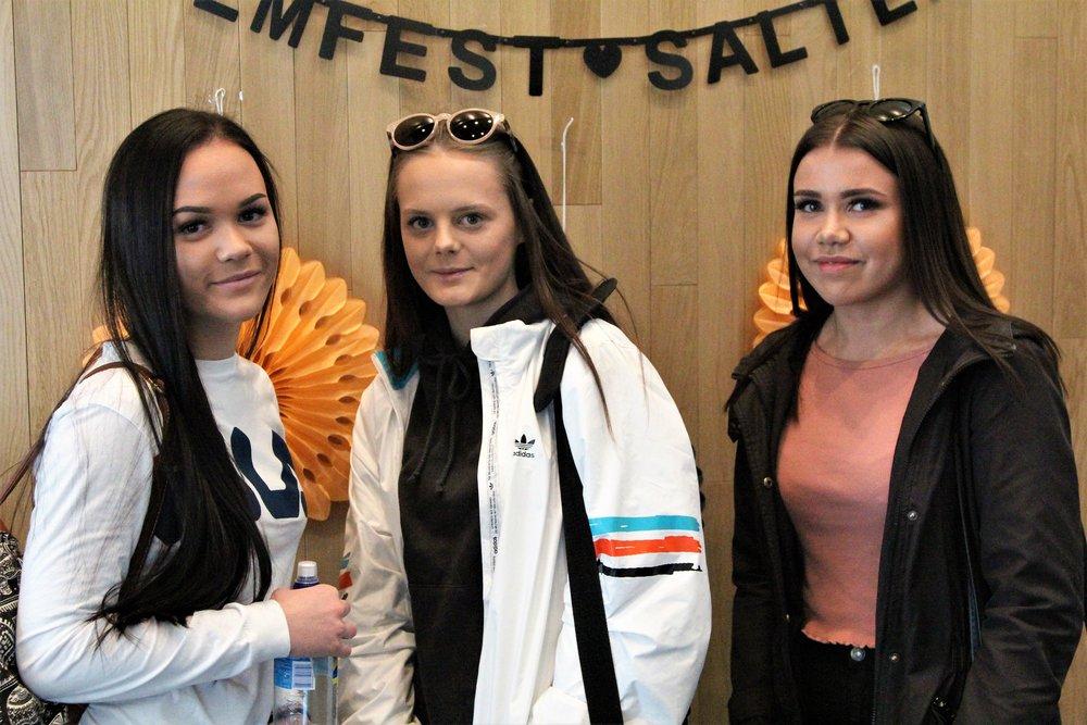 Det er bare chill å reise en time fra Fauske for å være med på filmfest, synes Celine, Rikke og Kamilla fra Vestmyra skole.