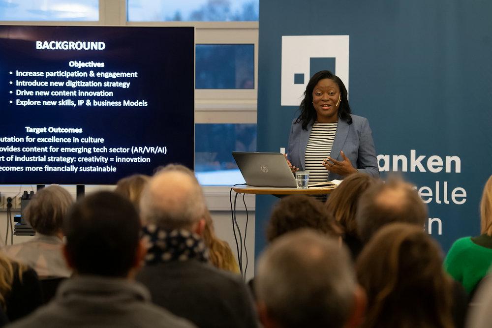 Kulturtanken har gjennom 2018 arrangert flere lunsjseminar, med foredrag fra inviterte gjester. Her ved Tonya Nelson, direktør for Museer og samlinger ved University College London.