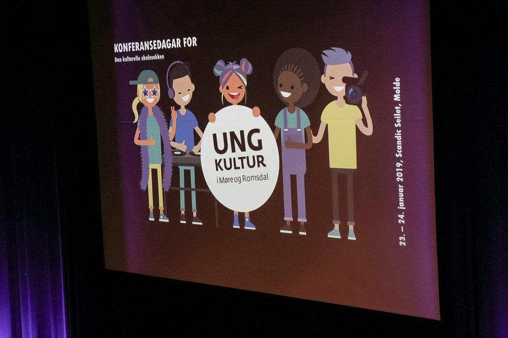 Dialogkonferansen var en del av konferansedager for Den kulturelle skolesekken i Møre og Romsdal