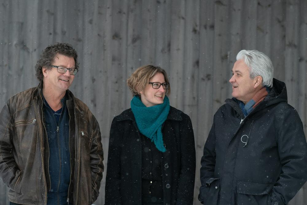 Filmansvarrlig i DKS Telemark, Billy Lätt, skolefilmfestivalsjefen Hilde Hem og fagansvarlig for film i Kulturtanken Harry Guttormsen, ser på muligehtene for utvidet samarbeid.