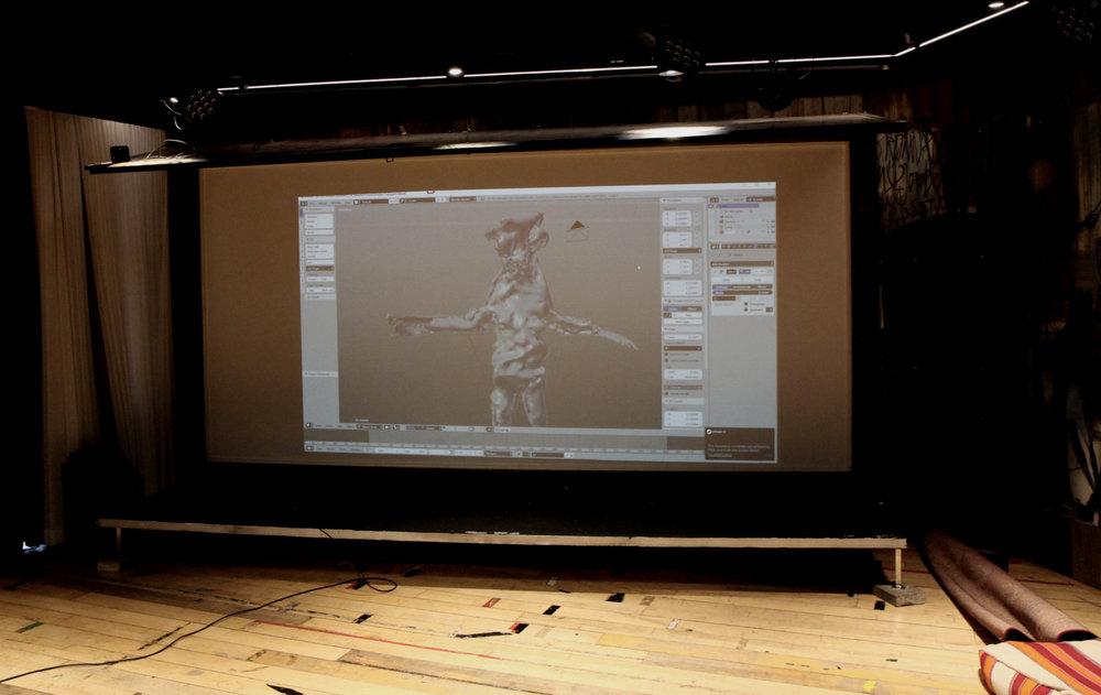 Figurene tar plass i VR-rommet, klar for demo