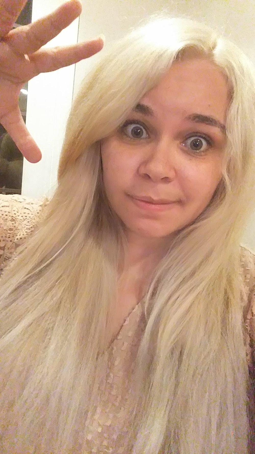 bam.blonde.jpg