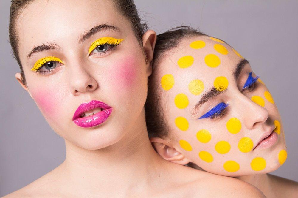 Photo by Ursula Madariaga, models Fran Gallyas and Isi Winter