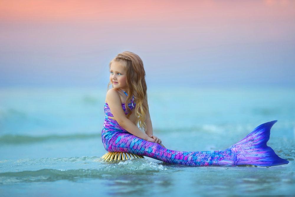 best-child-photographer-in-buffalo-lake-erie-mermaid-1.jpg