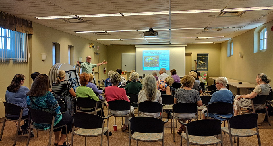 Andy_Fyon_IMG_20170629_190214IMG_20170629_190152_presentation_audience_Durham_Master_Gardeners_Parkwood_National_Historic_Site_Oshawa_June2917_fb.jpg