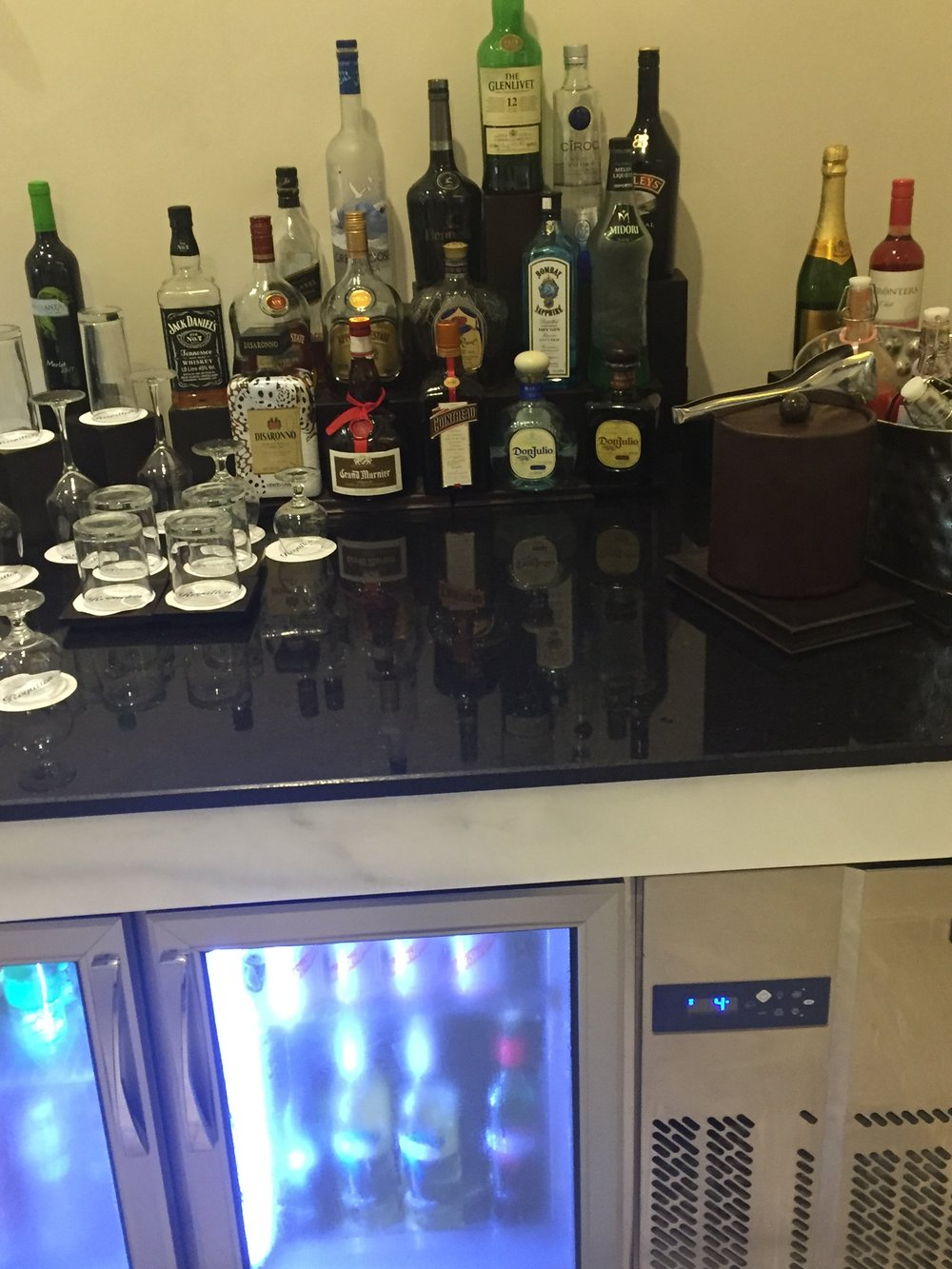 Diamond Club Lounge.jpg