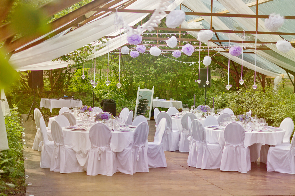 A guide to outdoor weddings conventions more a guide to outdoor weddings junglespirit Images