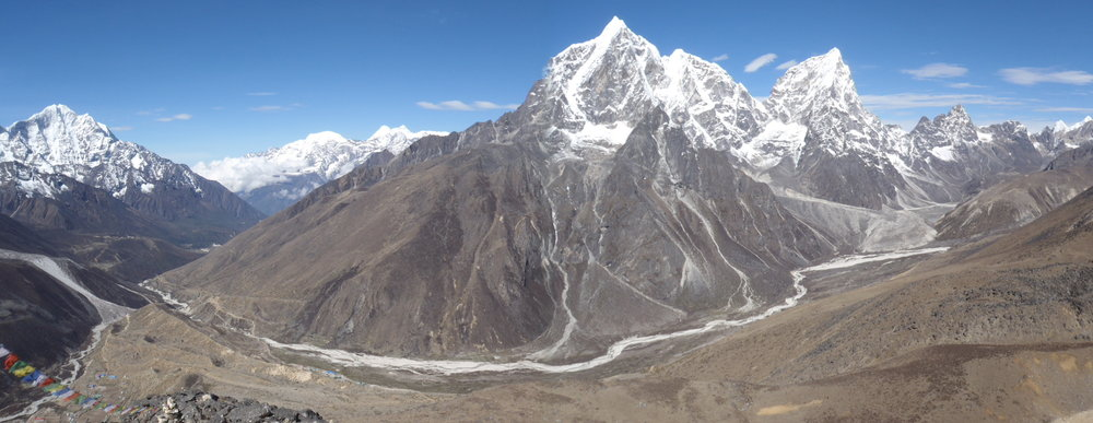 The view from Nangkartshang Hill (5090m), arguably my favourite spot in all of Nepal.
