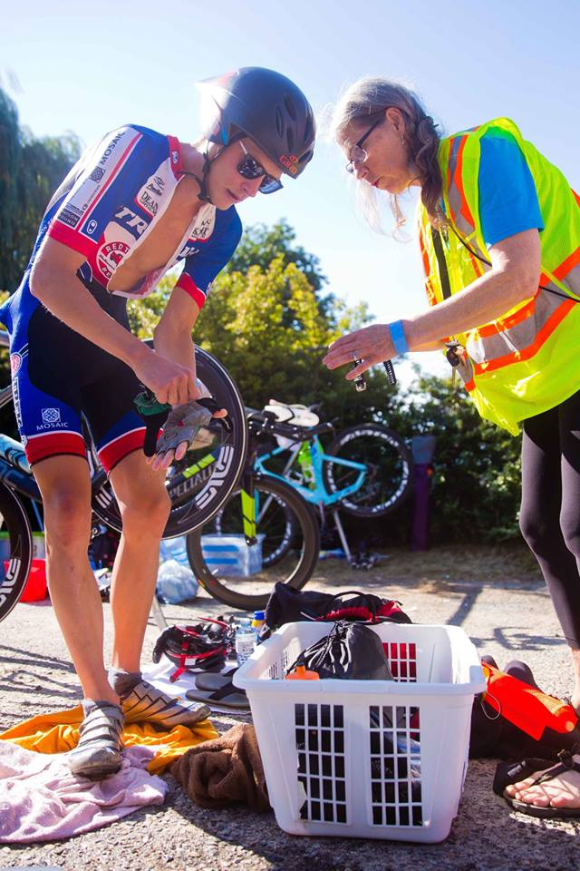 My mom helping me in T1. Photo Gord Golbe