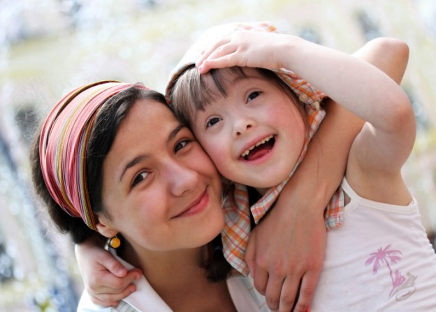 Mother-Child-Down-Syndrome-624x447.jpg