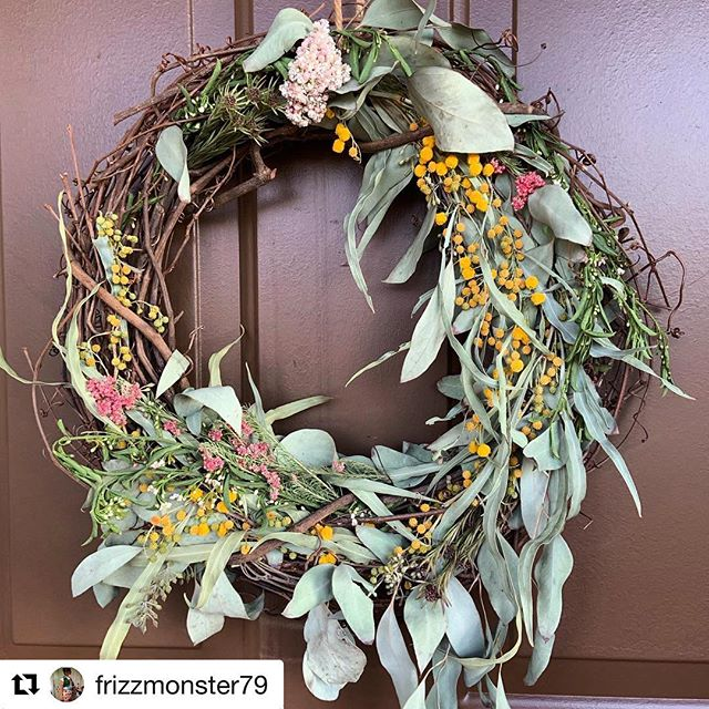 We love love love seeing our #livingwreath creations on your door! Thanks @frizzmonster79 for showing us how you're rolling in spring with this beauty! 💚💚💚 #paperandpetal #floralwizardry #frontdoor #floralmagic #spring