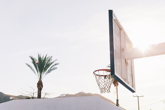 🏀🏝🏀🏝 . . .  #nba #sports #stayhoops #ballislife #picoftheday #streetwear #travel #summer #sunset #paradise #vacation #wanderlust #nature #tropical #sun #travelgram #photography #explore #sky #cdmx #baja #bajacalifornia #travelgram #experience