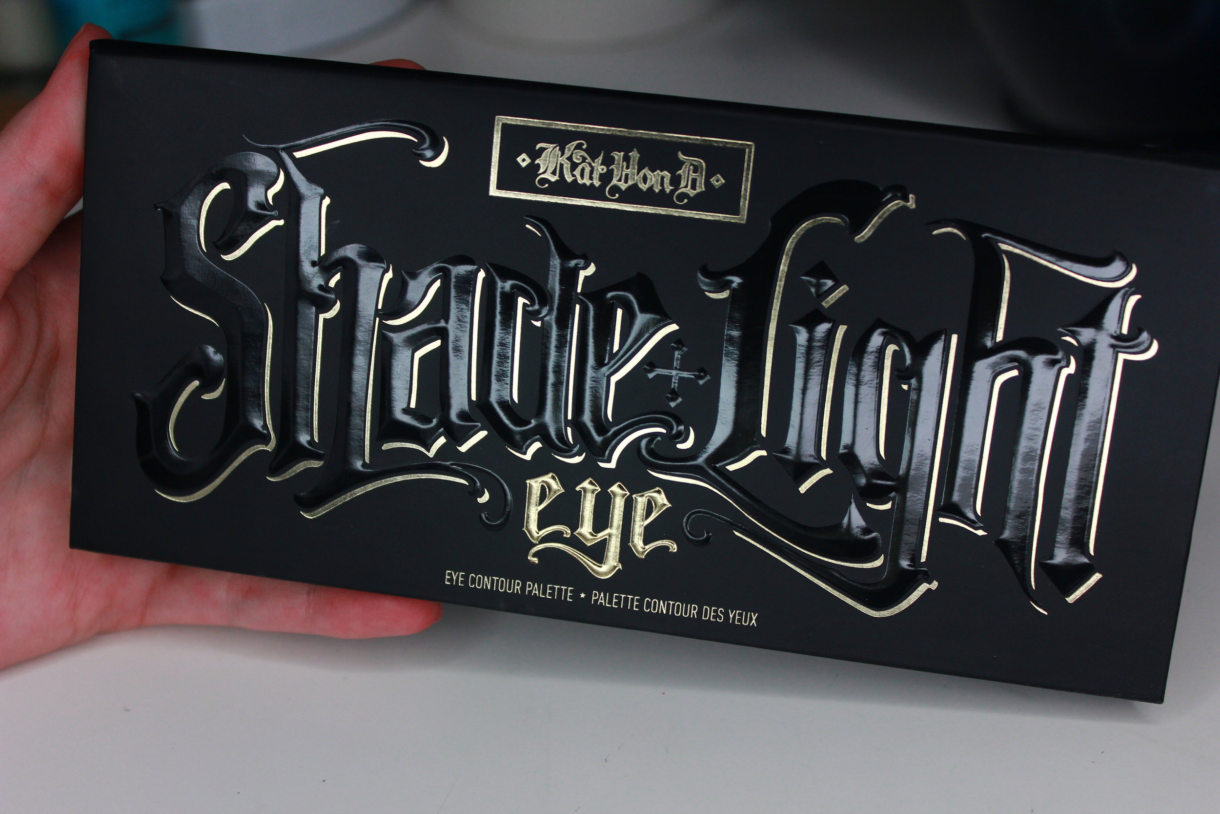 kat von d shade & light palette 1