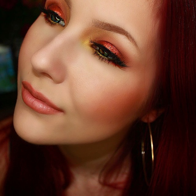 makeup geek eyeshadow look - kat von d shade & light eye palette used as well
