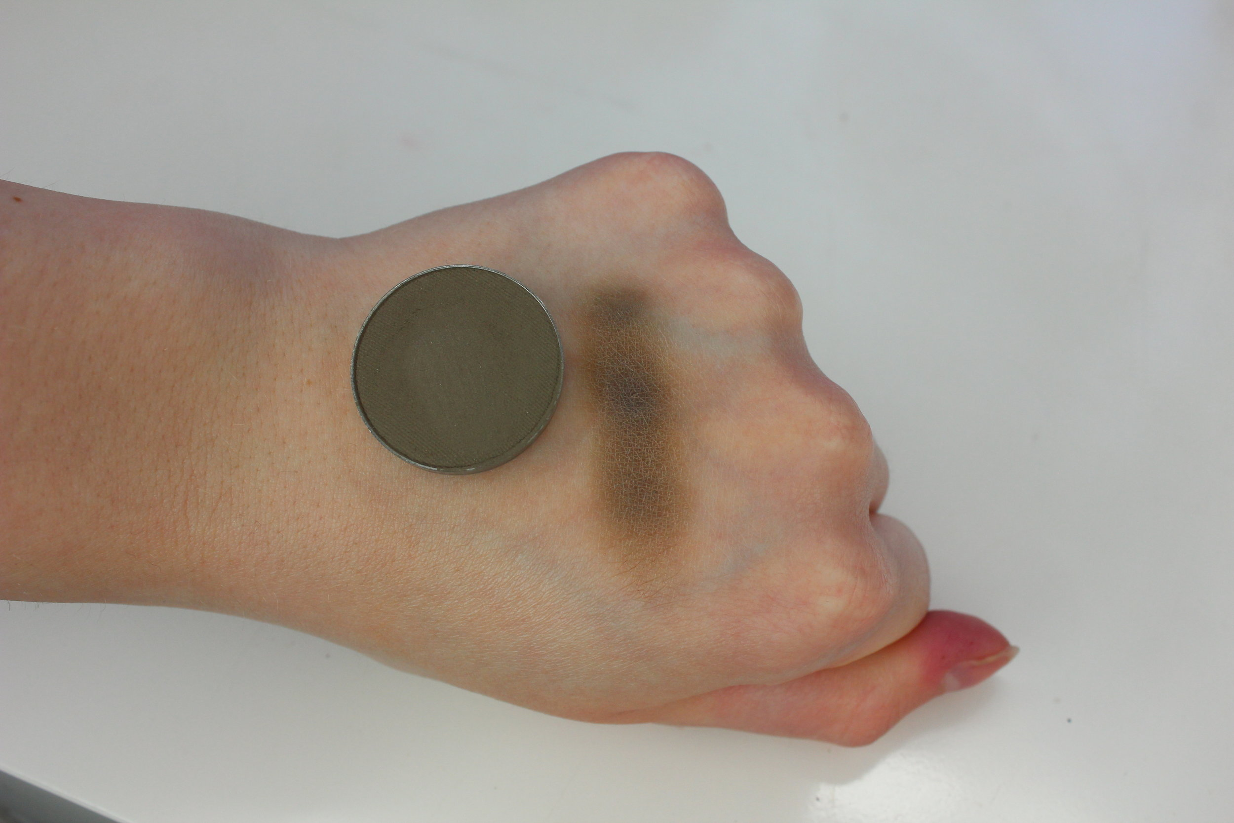 MUG High Tea Swatch 2