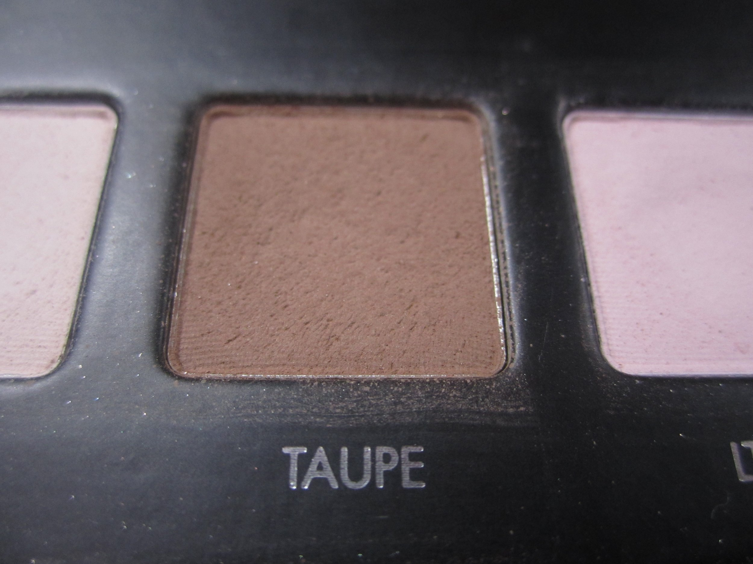 taupe3
