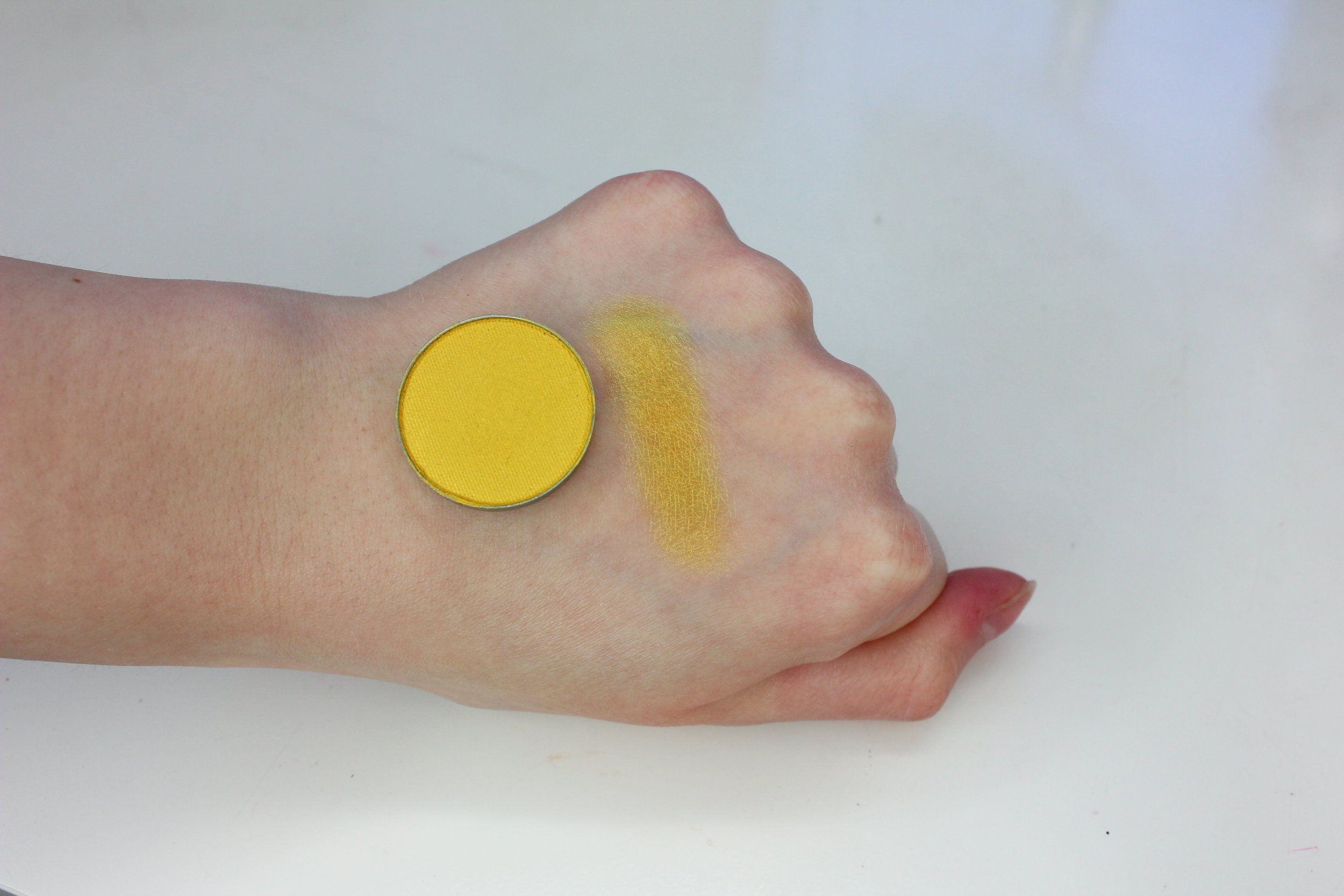 MUG Lemon Drop Swatch 2