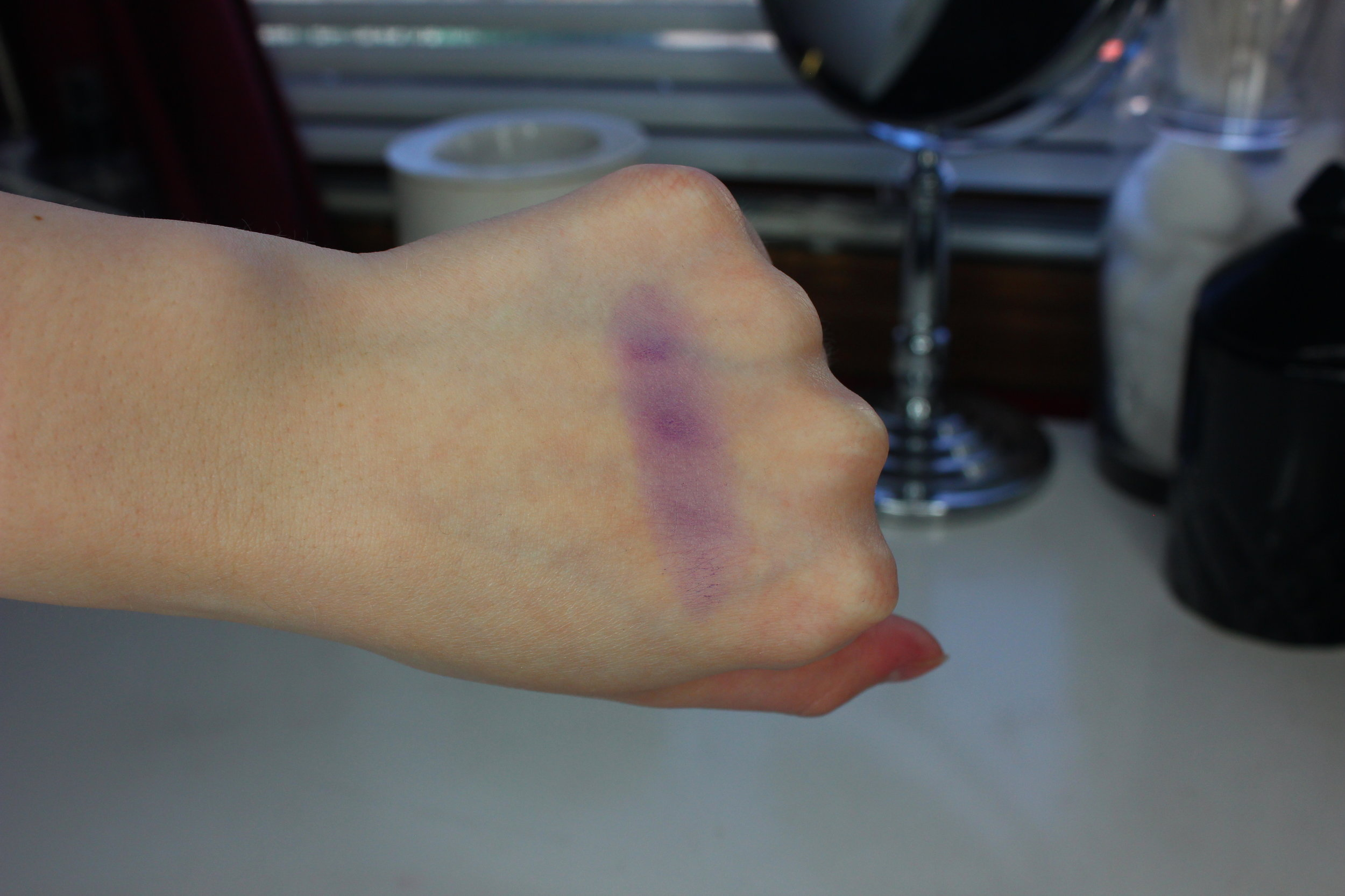 MUG Wistera (New Formula) Swatch 1