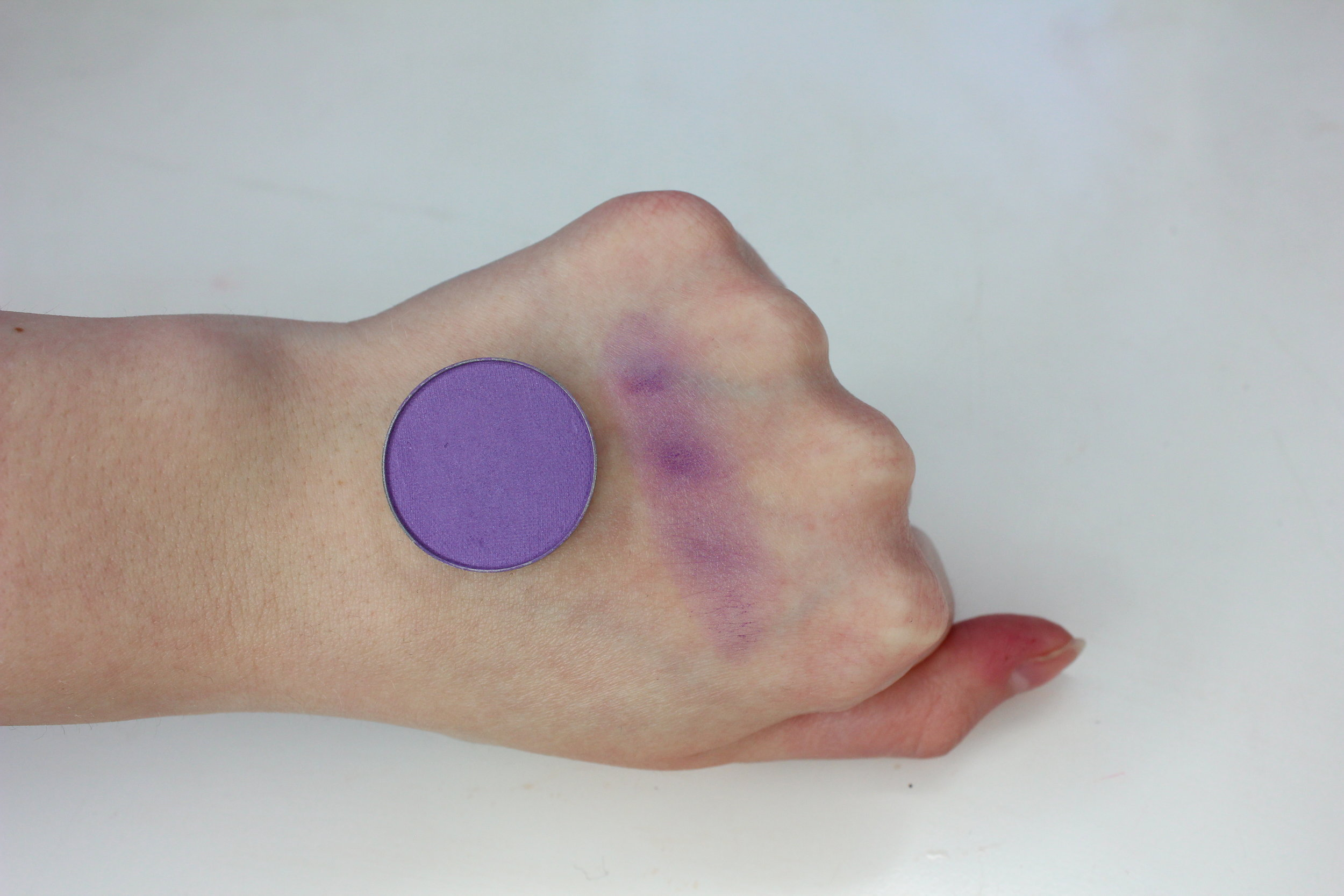 MUG Wistera (New Formula) Swatch 2