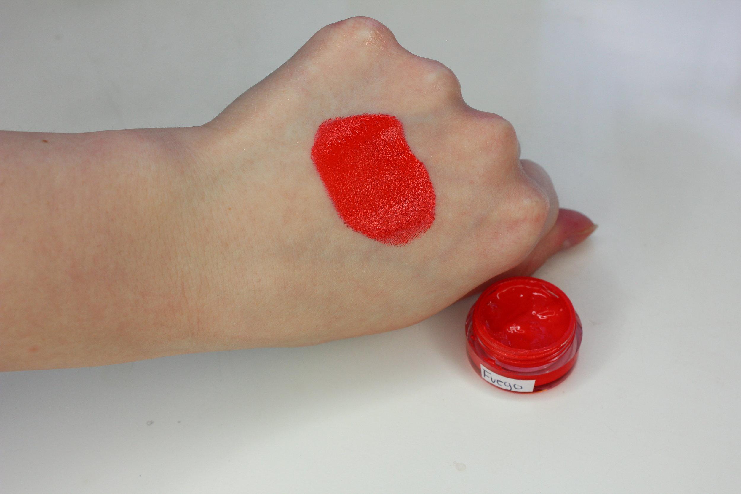 NIA Cosmetics - Fuego Swatch 2