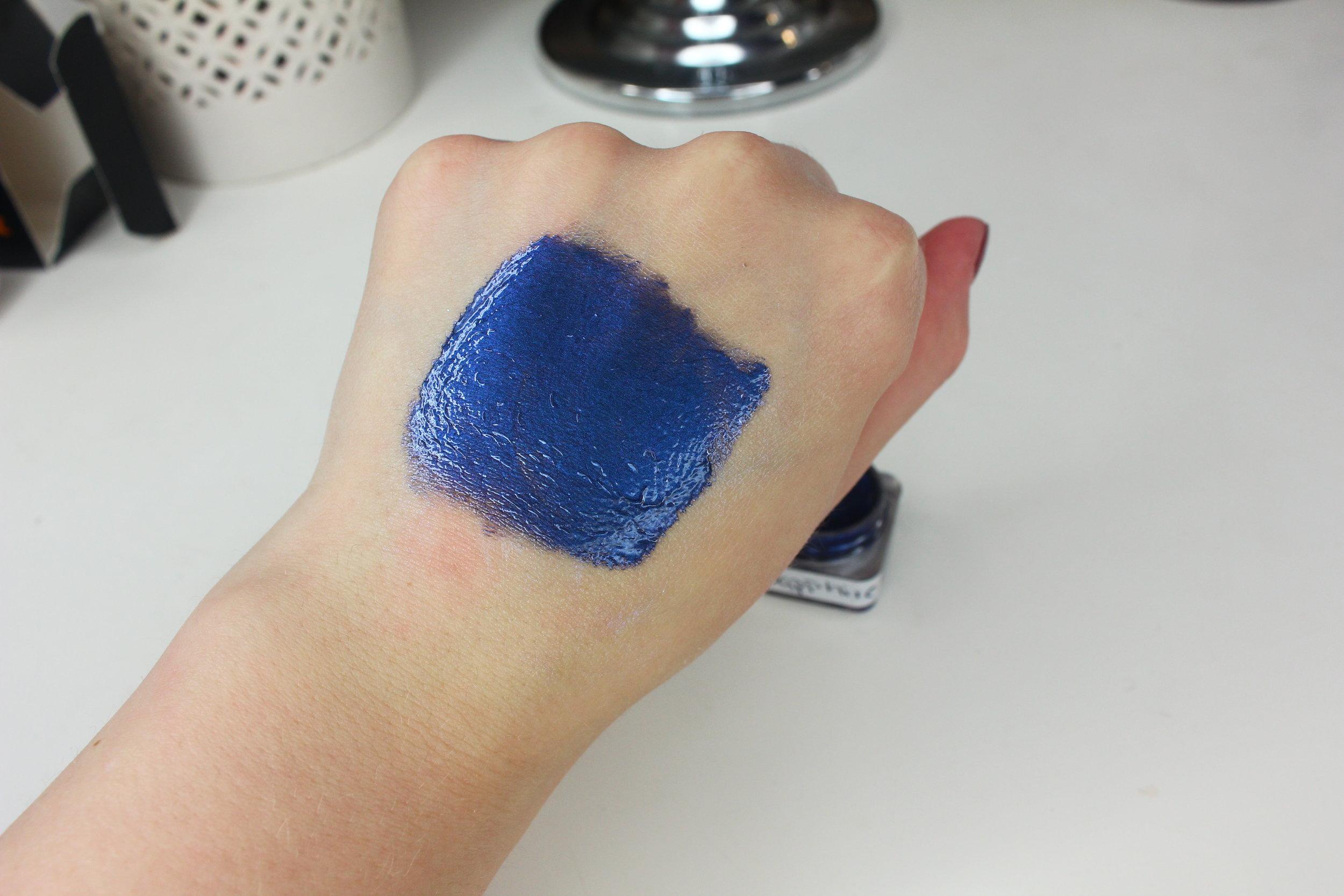 NIA Cosmetics - Sapphire Swatch 2