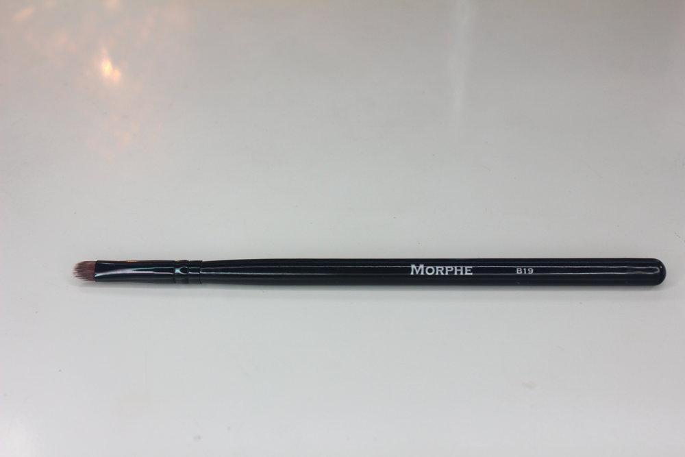 Morphe Brushes 1 - BK19 Mini Oval Taklon