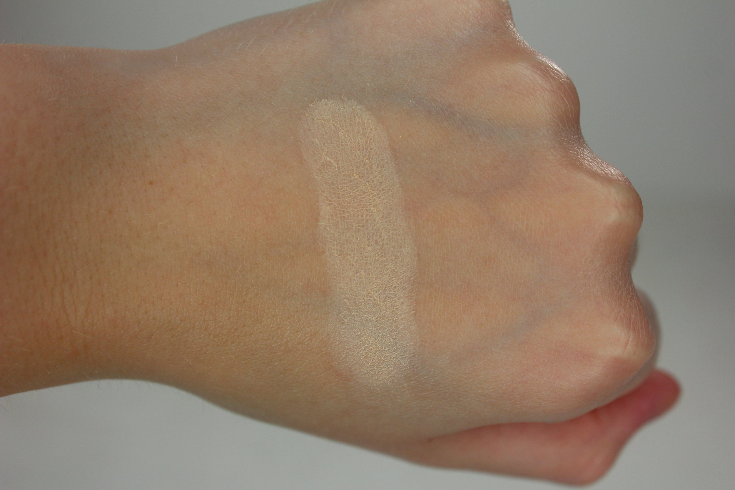 Lorac Pro Contour Palette - Beige Highlight Swatch 2