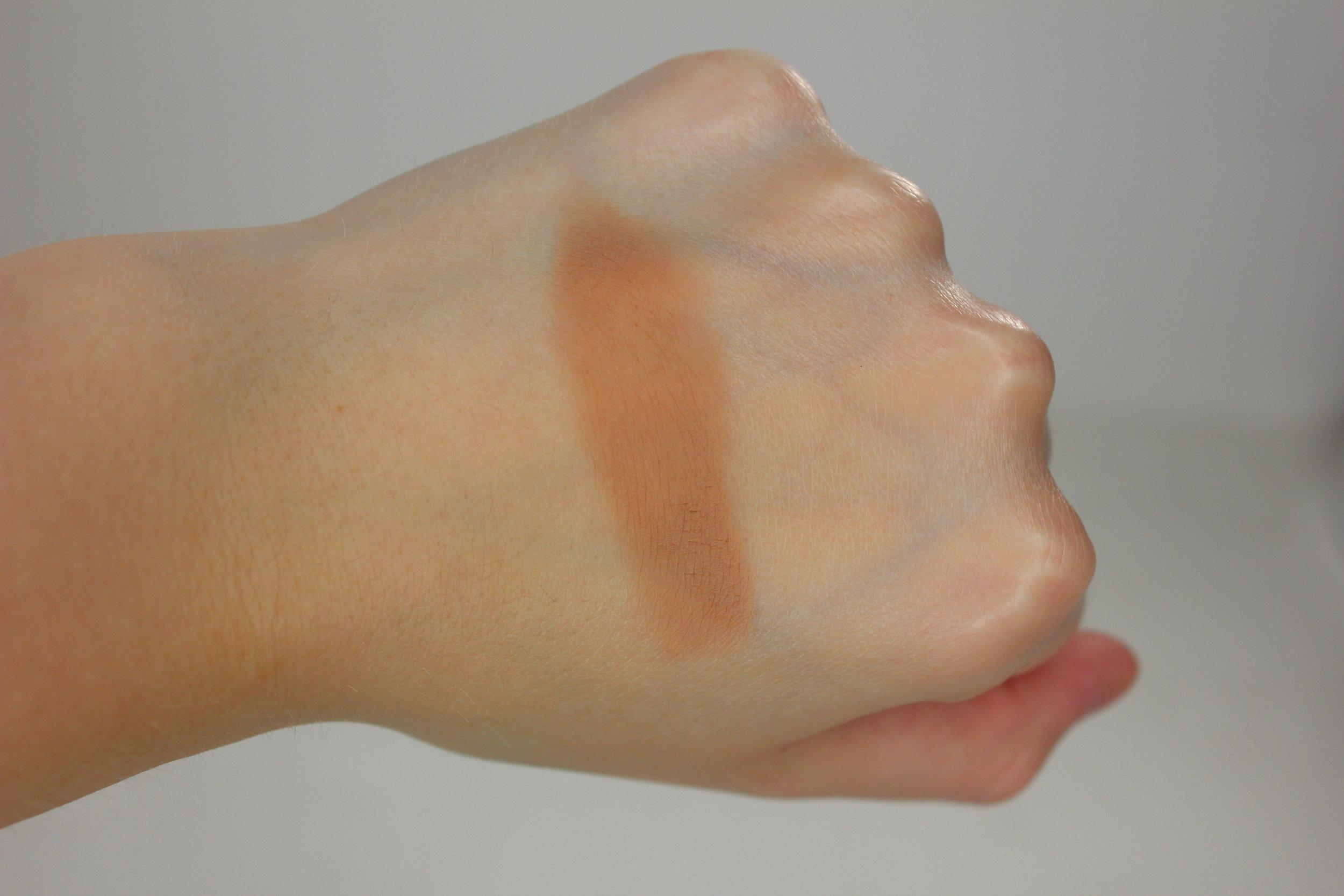Lorac Pro Contour Palette - Light Contour Swatch 2