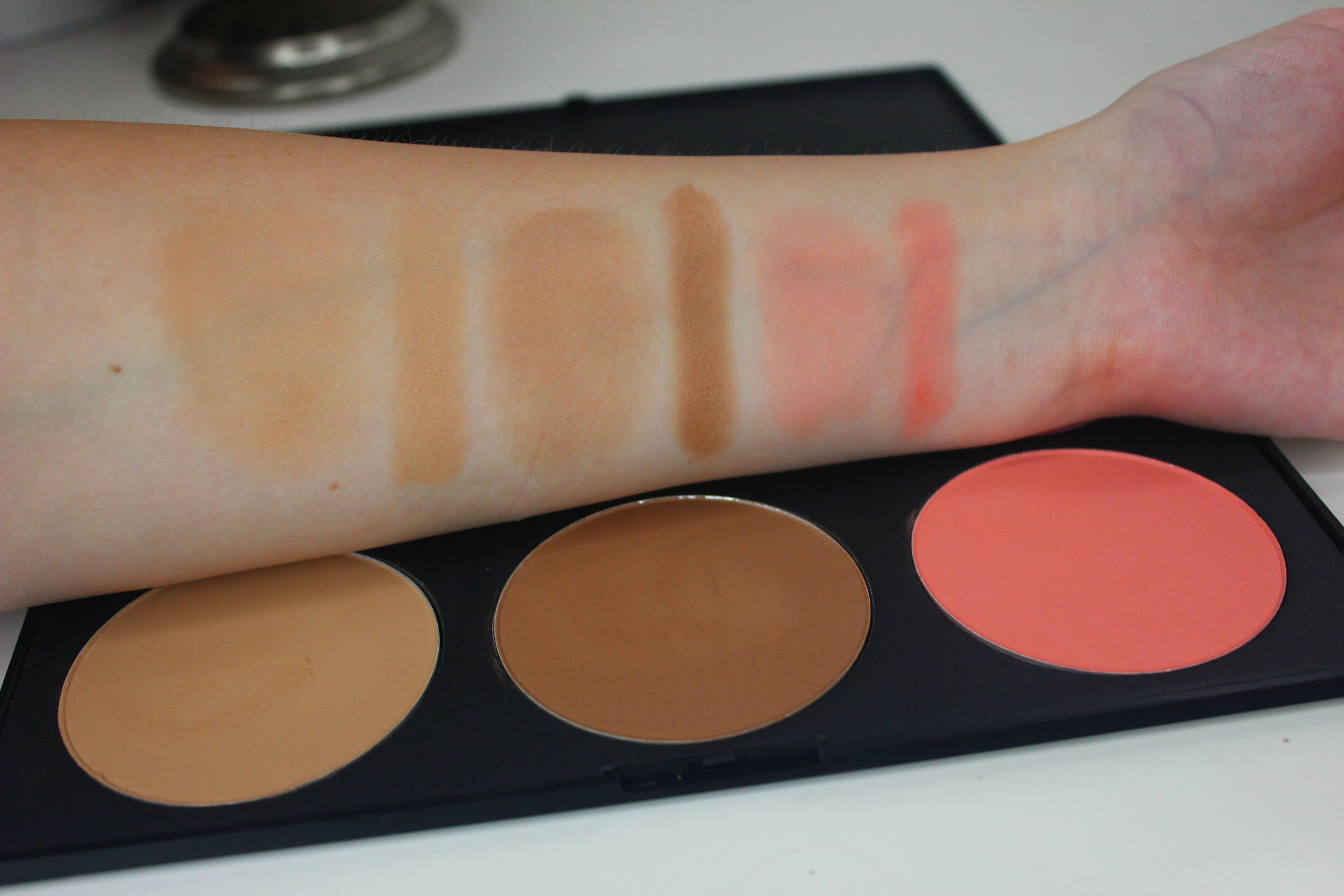 Sedona Lace Contour and Blush Palette swatches 1 contour and blush