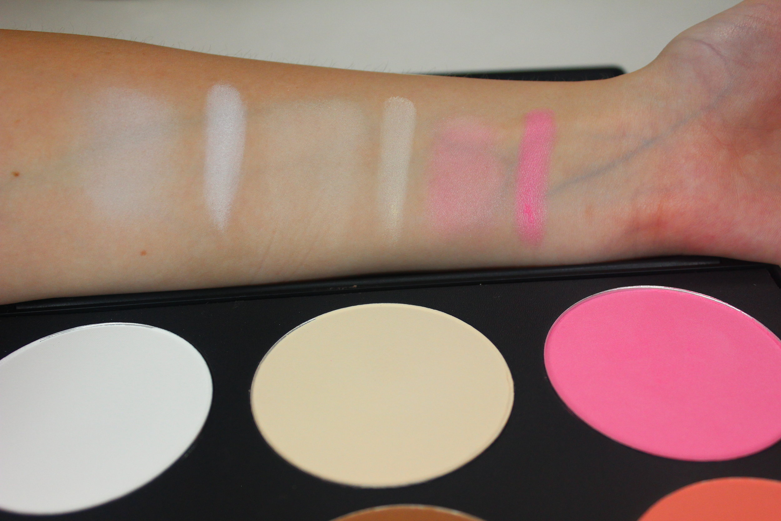 Sedona Lace Contour and Blush Palette swatches 1 highlight and blush