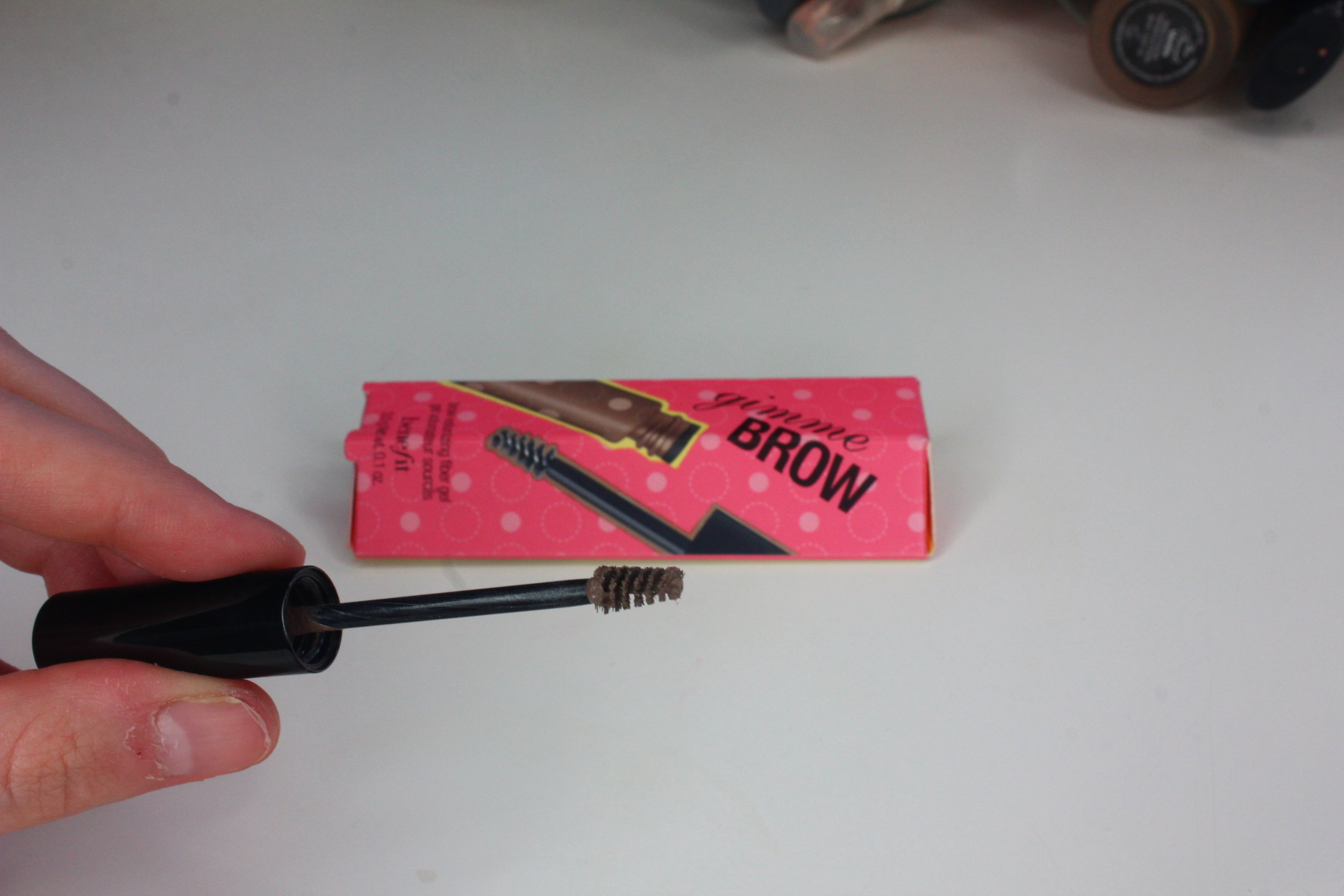 Benefit Gimmie Brow Light:Medium review