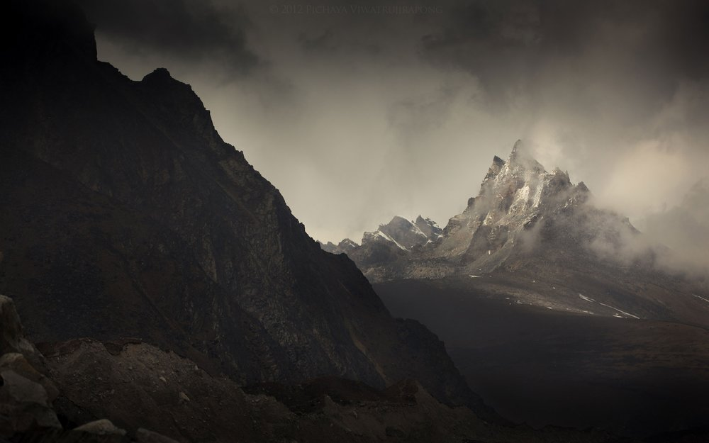 Misty Mountains by Charlies_ANGEL