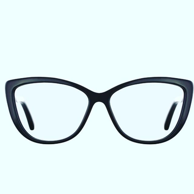The Fadia Frame 👓  #emmerteyewear #glasses #glasses #eyewear #girlswithglasses #girlsinglasses #fashionglasses #frames #spectacles #giveback #frames #blackglasses #cateyeglasses