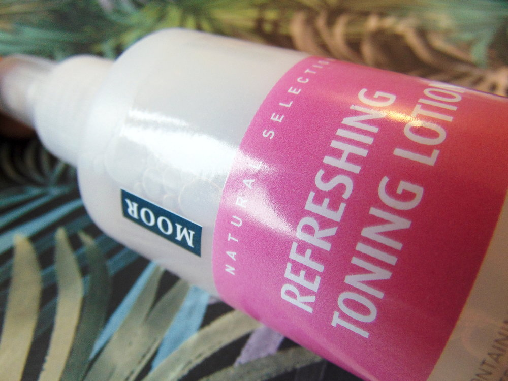 Venus-Beauty-Hair-Tavistock-Devon-Salon-Blog-Top-Tips-Facial-Care-Moor-Spa-Toner-Refresher-Toning-Lotion.JPG