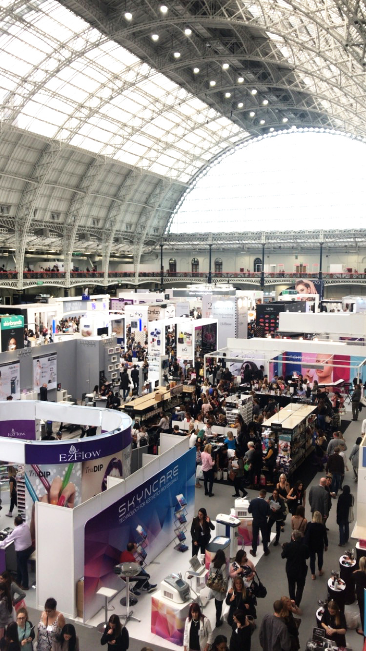 Olympia Beauty - An exhibition filled with talented beauty therapists, new launches and in our case a lot of glitter!