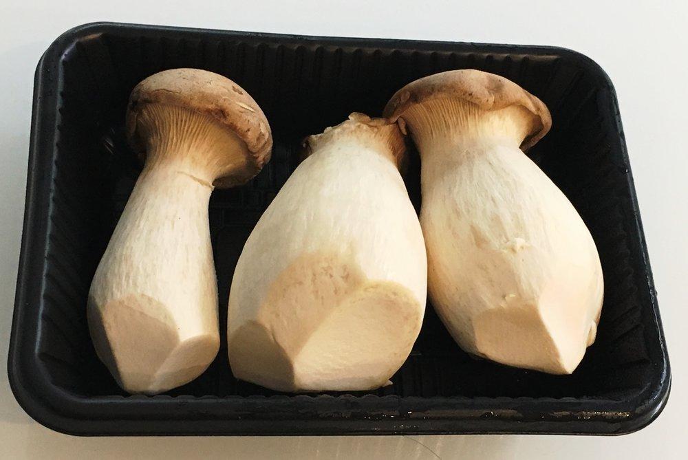 chinese mushrooms.jpg