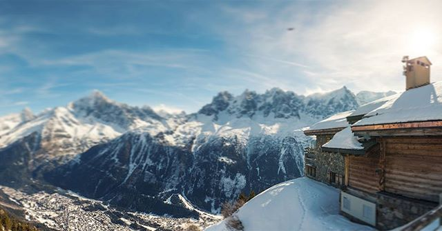 Get in touch today and discover the benefits of #VR for #travel & #hospitality #holidayhome #airbnb #alpine #skiing #PropertyTours #chamonix
