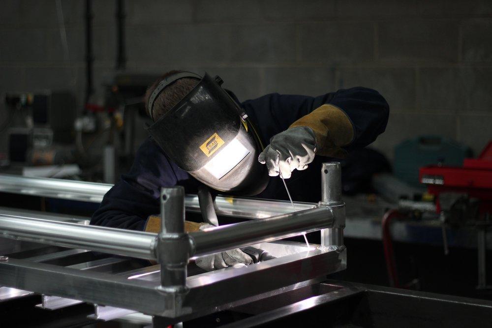 Aluminium platform welding