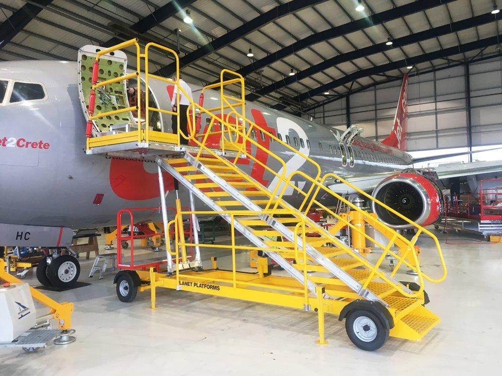 82. Aluminium Aircraft Steps