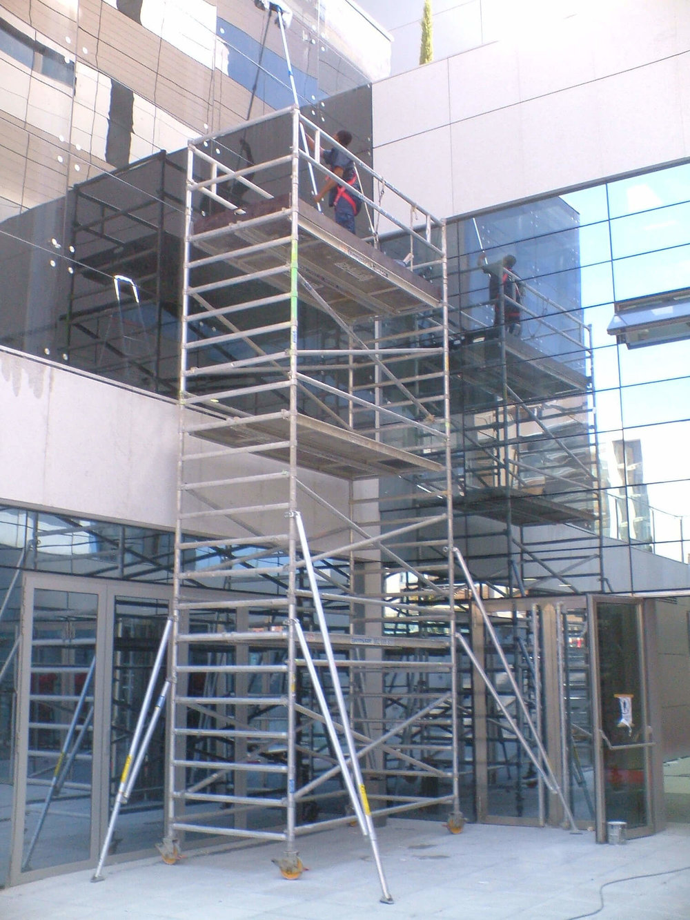 Scaffolding-Tower-01.jpg