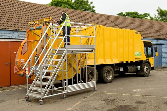 Refuse vehicle side access. # side #access #platform #refuse #vehicle  #planetplatforms