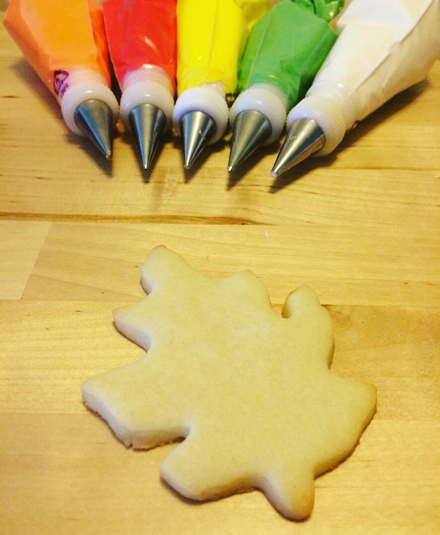 Leaf Sugar Cookie Royal Icing Decorating  Tutorial