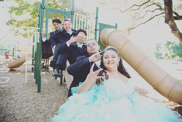 When everyone is laughing and having a great time! Nothing better than playing on the playground!  #nevergrowup #bayareaphotography #bayareaquinceanera #quinceañeraphotography #quincecolor #quinceañera #quince #sweet15 #birthday #birthdaygirl #park #playground  #booking #bayarea