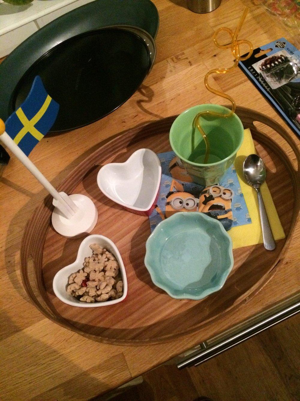 En frukostbricka kvällen före...