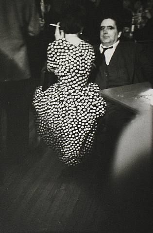 1953, Saul Leiter, Party.jpg