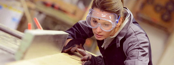Women-carpentry.jpg